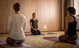 Hie-Kim-Friends-2019-Yoga-Retreat-Alina-Matis-Photography-020 - Hie Kim Yoga - Yoga Retreat - Yoga Workshops und Reisen